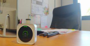 Photo détecteur HTRAM posé sur un bureau